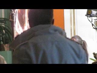 """Жерар Депардье в перерывах съёмок фильма """"Распутин""""."""